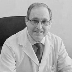 Dr. Gastón Zamora